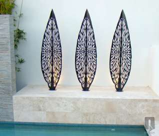 Villa Leaf Sculpture